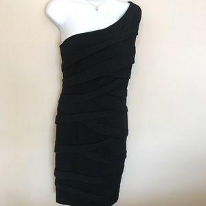 NWT Cynthia Steffe Black One Shoulder Dress Sz 4